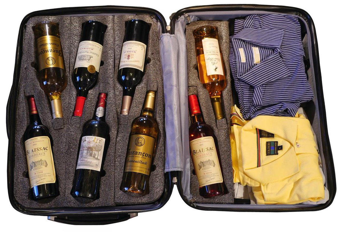 The ultimate suitcase for the #winelover... http://t.co/k1DeQCilzU http://t.co/GhBpgn9Nes