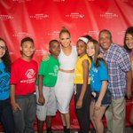 RT @tntdrama: Are you watching #NeighborhoodSessions with us and @JLo ?! Tune in to TNT NOW! http://t.co/HQvfA9vp6L