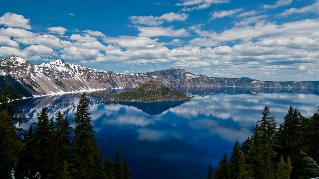 Crater Lake, OR http://t.co/rHMHlCCBS8