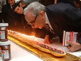 """Michele Ferrero: """"Il segreto del successo? Pensare diverso dagli altri e non tradire mai il… http://t.co/anbxL1kOnQ http://t.co/xWR01x4fyo"""