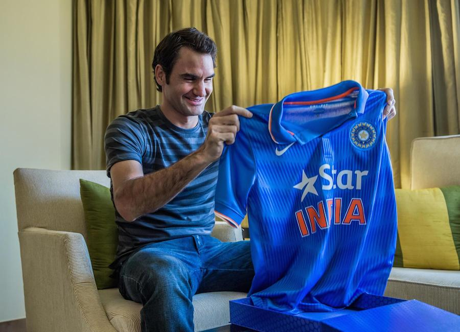 Look who is cheering for us - @rogerfederer #BleedBlue #WontGiveItBack #IndvsPak #CWC15 http://t.co/DJx8bskNbe
