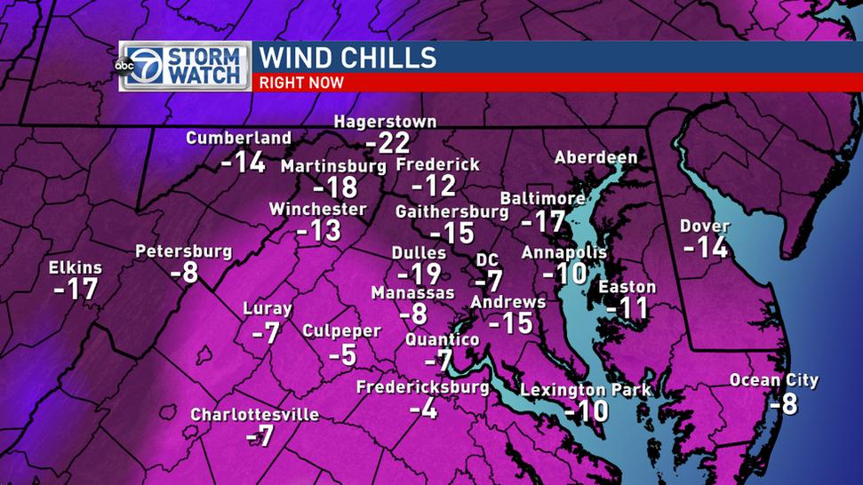 Lauryn Ricketts (@laurynricketts): Ummmmm yeah - stay inside. Dangerously cold out there. Wind chill or the