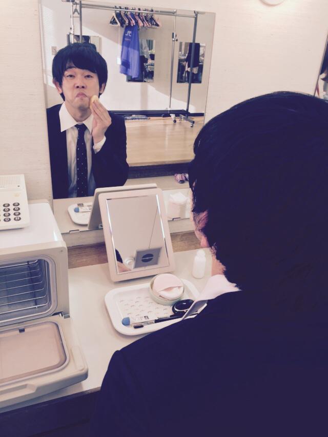 地元の中京テレビで西東さん収録! 今新幹線で東京に帰ってます。 浜口浜村さんが慣れないメイクを恥ずかしそうにしてるかわいい写真をプレゼント。  O.Aは2月28日! http://t.co/yNFsENTQkB