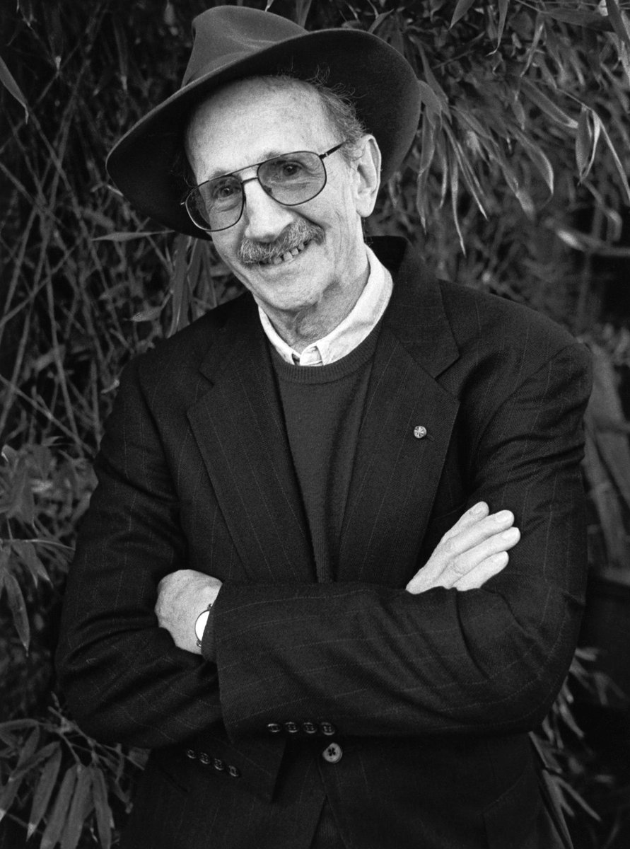 Former poet laureate Philip Levine, a champion of the working class, dies at 87 http://t.co/nTQ94Q7o4L http://t.co/8PFO30jJu2
