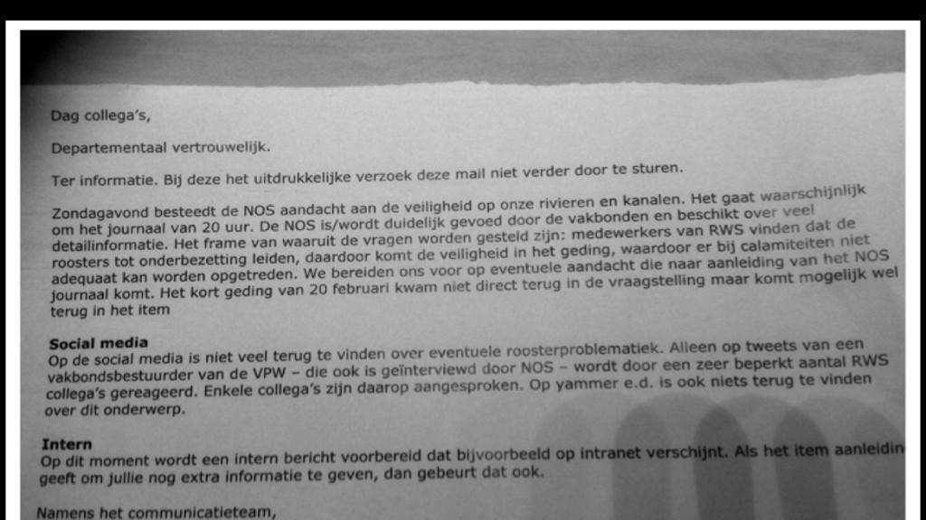 Communicatief Nederland leest u mee? Lesje debunken van Rijkswaterstaat. http://t.co/jb3vx0XHVi