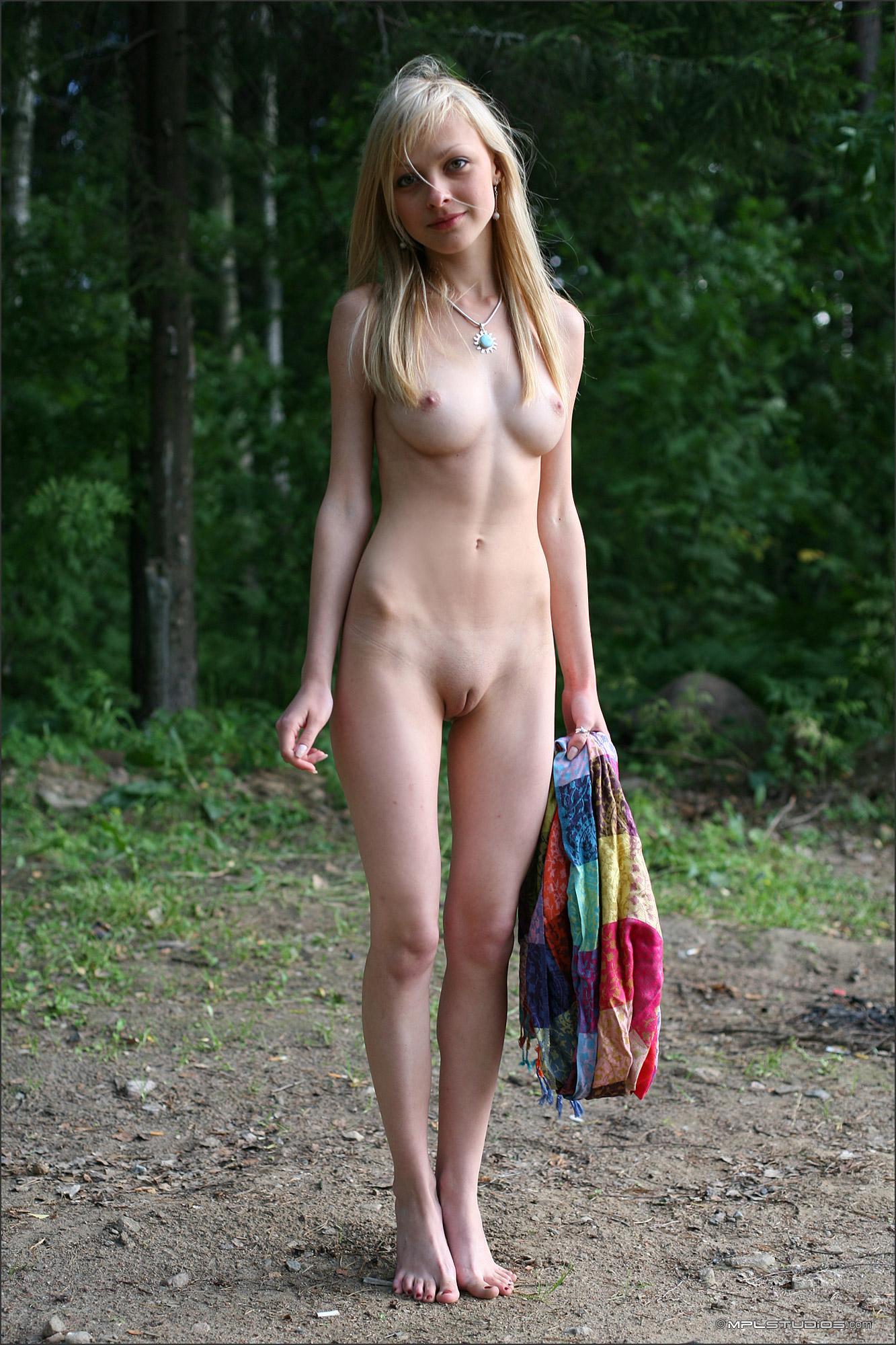 Фото глые девушки худые 10 фотография