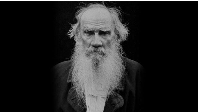 Acı duyabiliyorsan, canlısın. Başkalarının acısını duyabiliyorsan insansın..   Tolstoy http://t.co/FLKLqEFXND