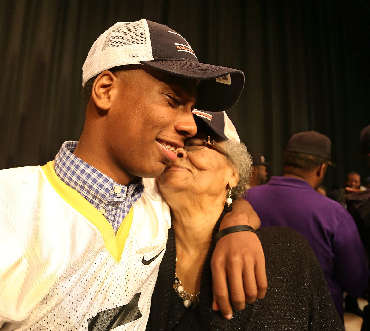 In the running for pic of the day: Lakewood's Ryan Davis and grandmother Emma Davis http://t.co/ftnwyKNQpZ