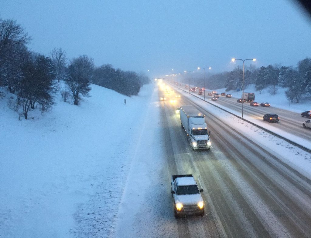 Could #Omaha-area schools also be canceled Thursday? Maybe. http://t.co/T88giKeFh5 http://t.co/hiUzGyQkgh