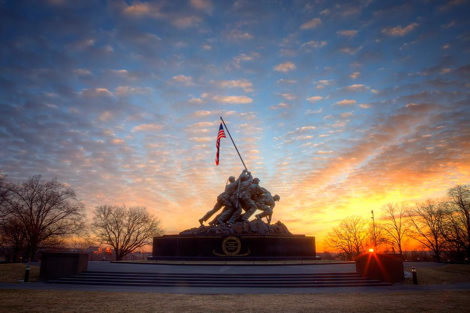 U.S. Marine Corps War Memorial in Arlington VA at sunrise this morning. Pic by Angela Pan: http://t.co/zTl6l7StAM