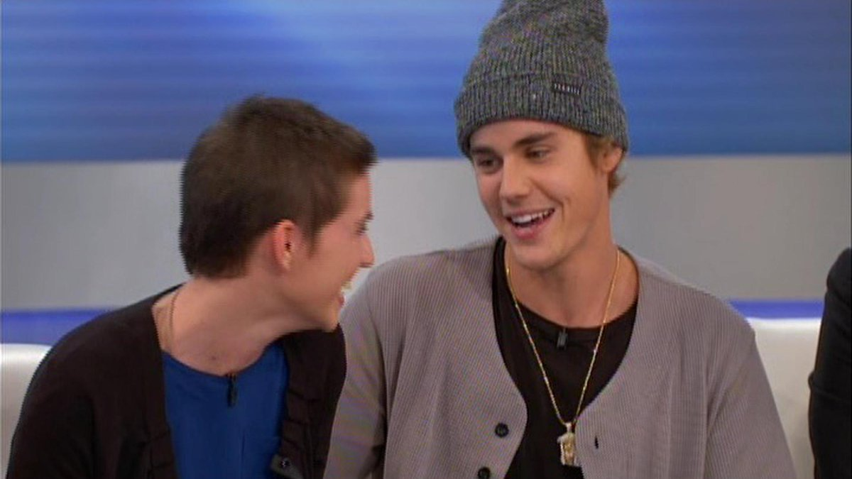 A teen who survived a home explosion gets a special surprise from @JustinBieber! http://t.co/qzvLAcgQwG #TheDoctors http://t.co/2VYGFdHKxU