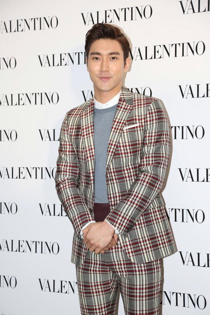 We're so excited to have @siwon407 at our @MaisonValentino Flagship store opening!#superjunior http://t.co/j43U6LMLPp