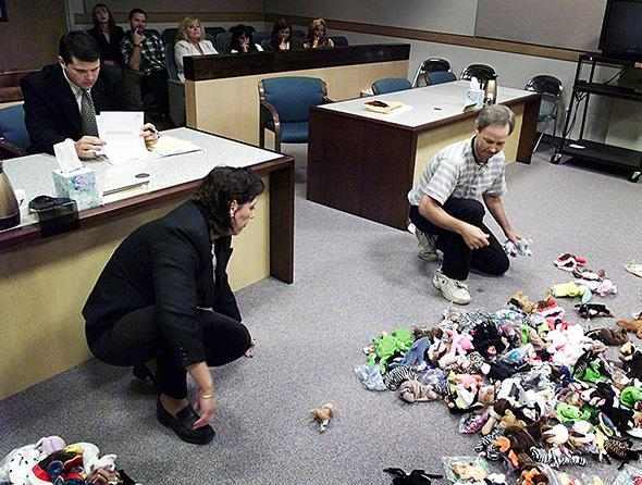 1999:A divorcing couple divides their Beanie Baby investment under the supervision of a judge. http://t.co/WFexnojqAv http://t.co/Vr3jNMHpW7