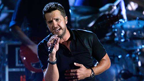 Country star luke bryan takes in nephew after death of for Luke bryan brother and sister died