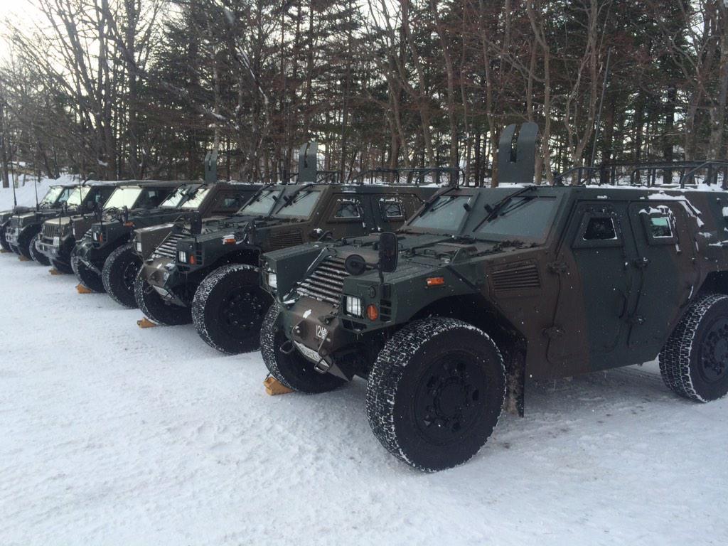 本日も自衛隊さんの雪上訓練が草津国際スキー場で行われております! 安全なゲレンデに是非お越し下さい http://t.co/TQNvgCXMOD