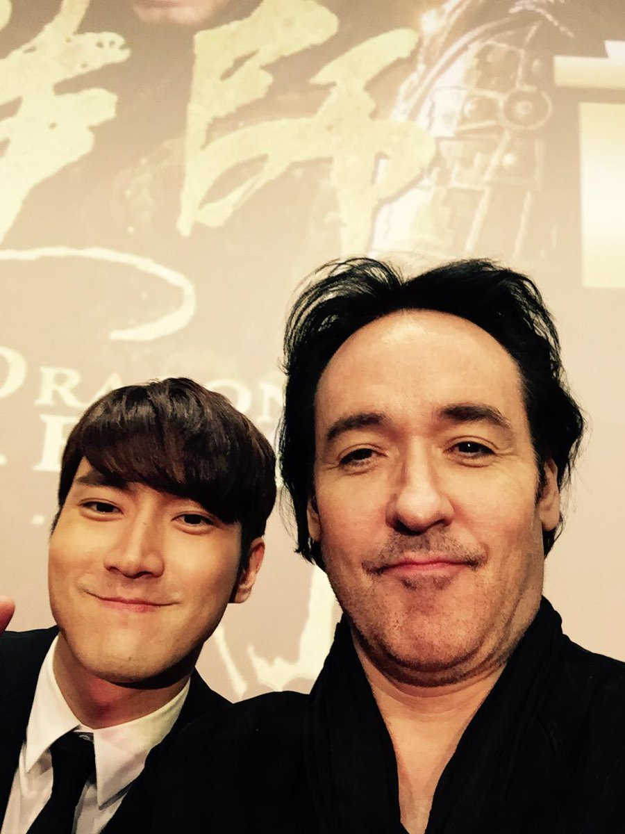 In Shanghai with dragon blade cast member @siwon407 see u at the next stop brother! http://t.co/u8s1DxJwSD