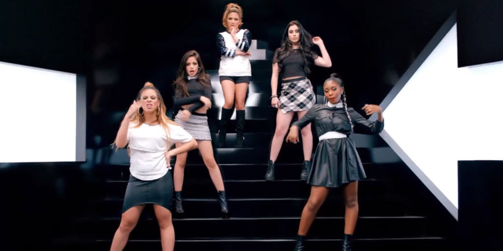 Watch @FifthHarmony + @iambeckyg in the #LeftSwipeDatVideo http://t.co/DOFjDwQh6g @5HonTour @5hNewsBrasil http://t.co/8DKfkftvqv