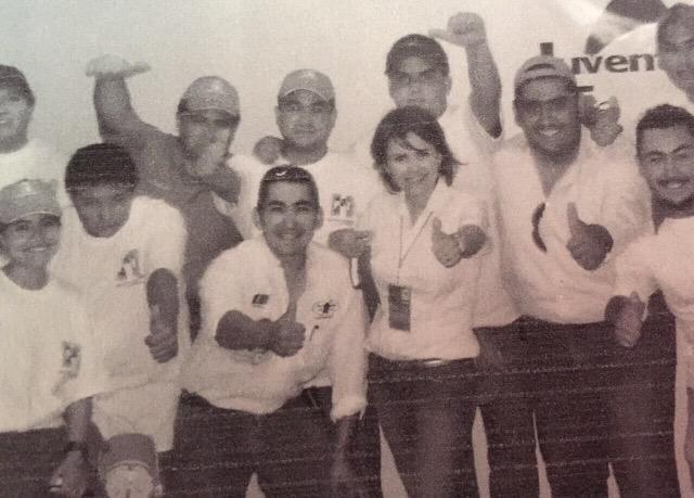 Foto del 2005 Hermanos Aguilar, primer campaña a dip.local. Gcs. por este recuerdo @OsvaldoAguilarV  #HFE Senado PRI http://t.co/gzwr6ZTwBC