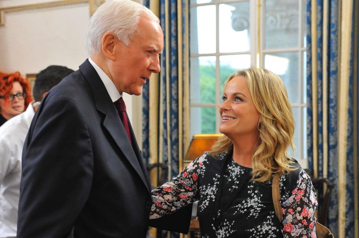 Sen. Hatch always enjoys meeting with fellow dedicated public servants, like Leslie Knope from Pawnee, Indiana. http://t.co/PdCGmV0i6Z