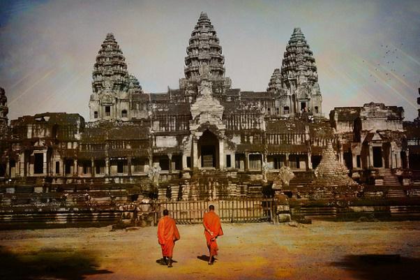 Angkor wat nude