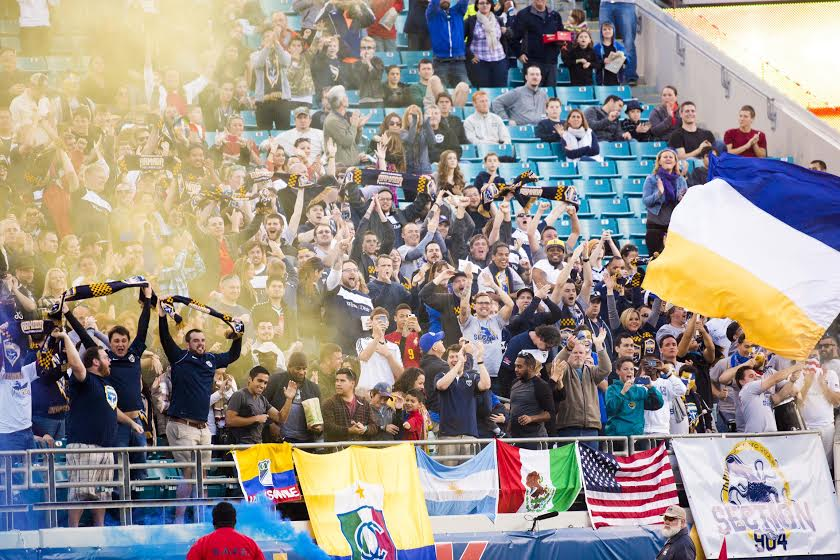 .@JaxArmadaFC's inaugural match sets a #NASL preseason attendance record with a crowd of 13,934. #JAXvPHI http://t.co/hec4B8cGdX