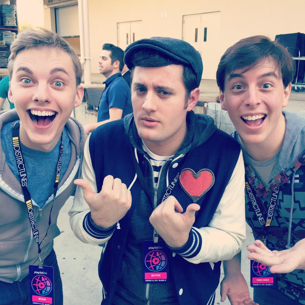 Who's who with @JonCozart & @foster_dawg :) #playlistlive http://t.co/VHdsb4KwsC