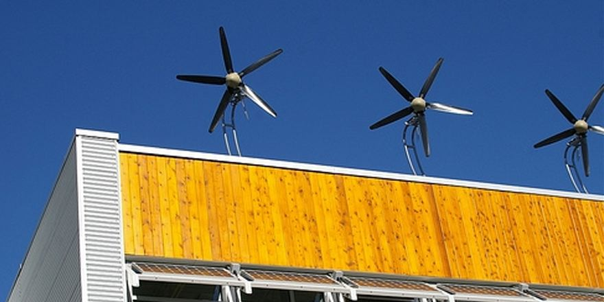Meer #duurzaamheid op daken, laten waaien, of gewoon doen? #windmolens @WENieuws @CeesdenBakker @WindNu http://t.co/AjN63sn343