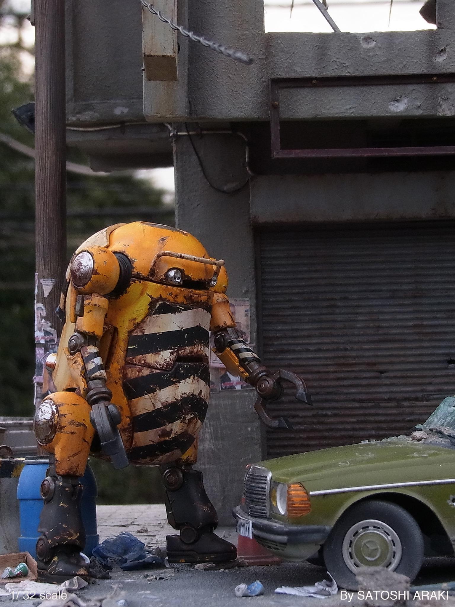 """""""@arakichi1969: 【メカトロウィーゴ】 今日のお仕事は事故にあった車の引き取りです。 週明けで、ちょっと遊び疲れがあるでしょうが皆さん安全運転で!   #ウィーゴ  ♯メカトロウィーゴ http://t.co/ijvSmXCK9c""""超リアル!"""