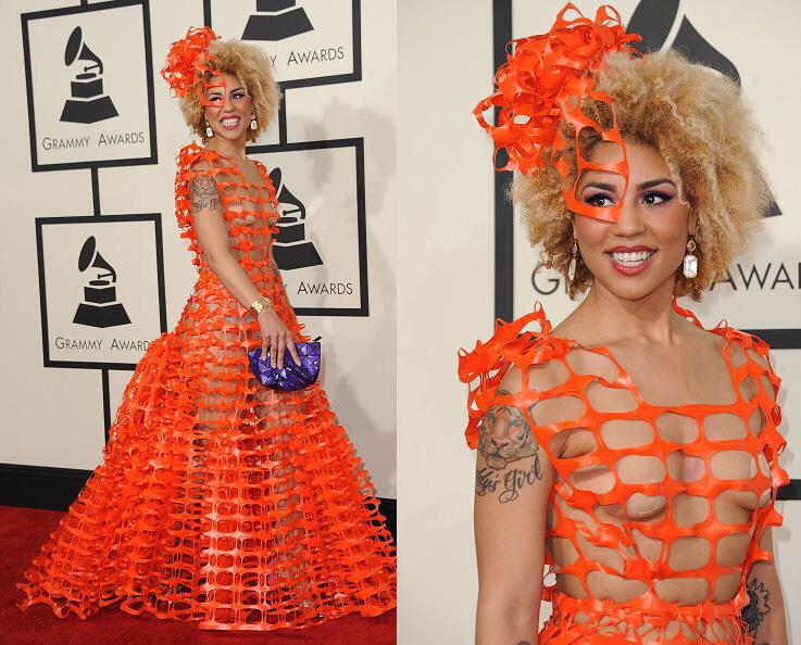 Absolutely no idea who this is but I mean seriously, wtf?! #GRAMMYs #fbloggers http://t.co/bHqnMJ1bJB