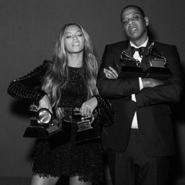 Got their hands full...#powercouple #grammys #beyonce #jayz http://t.co/y80AGjKOZB