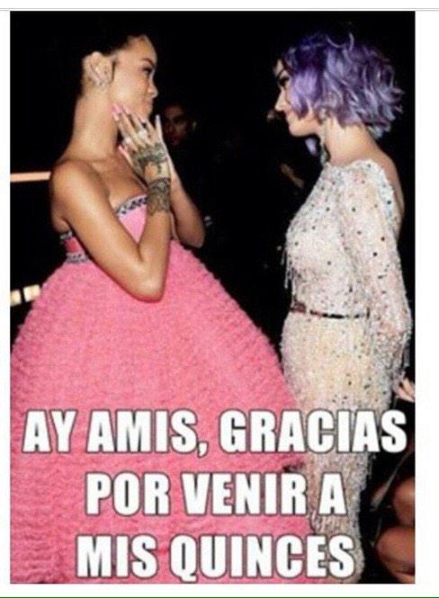 #Rihanna #GRAMMMYs quinceañera http://t.co/wP7EdJ8MF8