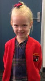 JUST IN: @QPSMedia have found the 6 y/o girl taken from Ascot – she is safe and well. #9News http://t.co/S5U4AiuzsW
