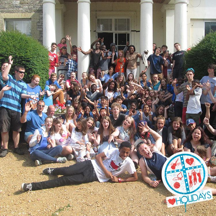 Have you got a favourite group photo from a camp/holiday? Share it with us using #loveholidays http://t.co/BKzeYKhdp0