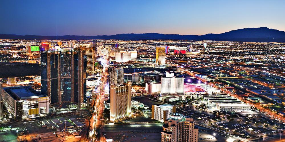 RT @Fly_com: Hot Fare Alert: Vegas from San Francisco for $77 R/T. @GabeSaglie @flySFO @Travelzoo