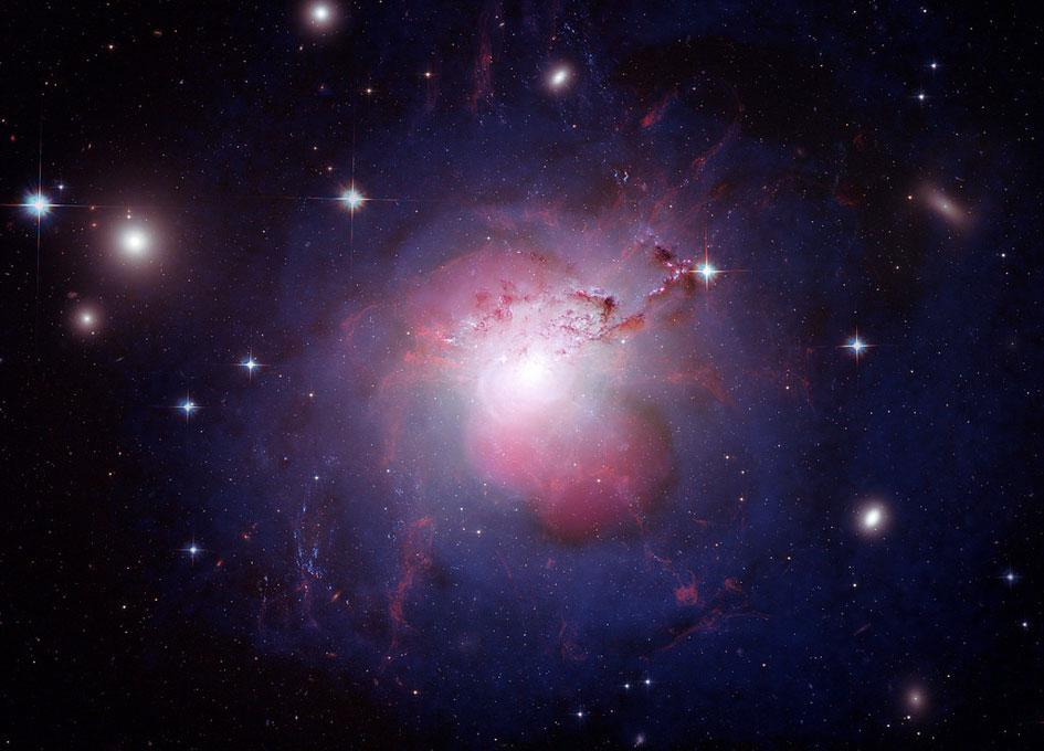 Active Galaxy NGC 127 in Perseus Cluster http://t.co/v26ij2kl1s #astronomy #telescope http://t.co/X3gIHwDVc9