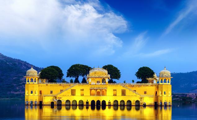 DreamTrips: Sight-seeing in Jaipur, India, anyone? @incredibleindia
