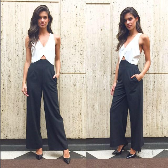@Sara_Sampaio Wearing The black and White Jumpsuit http://t.co/MroOYvLRGZ