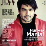 RT @AswiniRaj: I mean @ActorMadhavan 's new cover for jfW is amazing! He looks amazing, I mean c'mon. His smirk never gets old! http://t.co…
