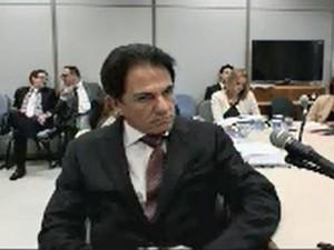 Lava Jato: Empreiteiras combinavam licitações desde o governo FHC, diz delator http://t.co/N38aFoEQeE #G1 http://t.co/JIQ4pn7ini