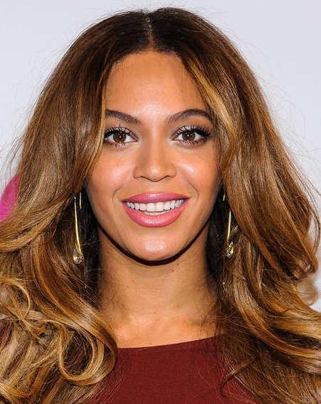 Beyonce duets with Ed Sheeran at Stevie Wonder tribute