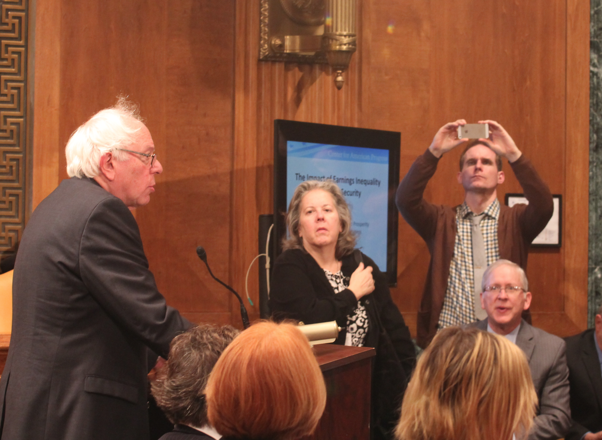 Raise taxes on the wealthy to expand #SocialSecurity says @SenSanders:  #ScraptheCap #inequality http://t.co/gSzf9AUNBo
