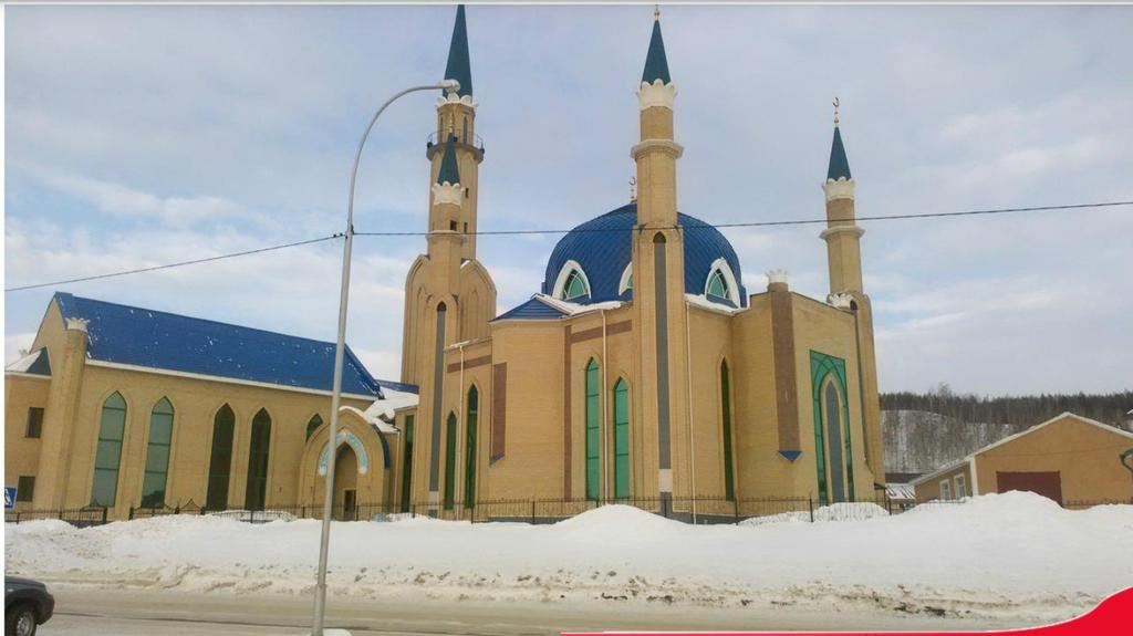 "RT @doplx: مسجد "" الإخلاص "" في مدينة لنينوغورسك ، روسيا   ماشاء الله رووعة http://t.co/pnPxo1ihzs"