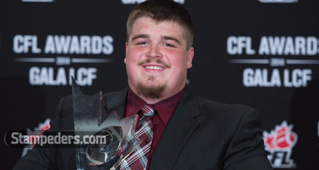 Best of luck to OL @brettjones69 who signed with the @Giants today. RT to congratulate him! http://t.co/tRQZ6o6DKz