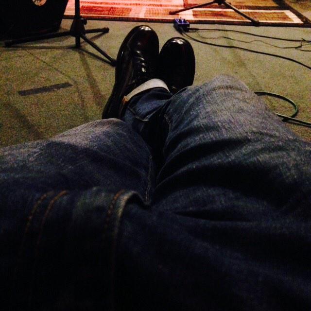 Prehearsal. @followBBB @MikeMcGuitar  @drumhead9 http://t.co/enfBEjqqZr