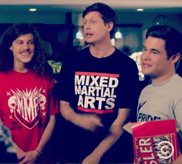 Be like Ders! Get the Run Mixed Martial Arts shirt seen on @WorkaholicsCC tonight! http://t.co/gBYNnw8CMU http://t.co/l3jXsbQdjz