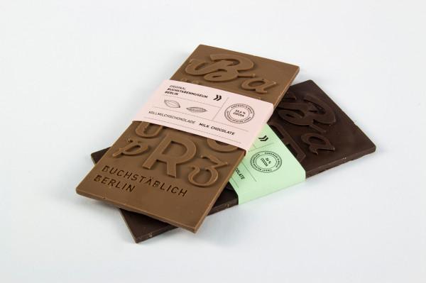 Typografische Schokolade. Projekt von Lisa-Marie Peters und Christian Pannicke http://t.co/12vo1LSjgs http://t.co/HDWLivJ7qv
