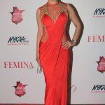 RT @toiphotogallery: #FeminaBeautyAwards: #ShriyaSaran looks radiant in red gown. http://t.co/j8MW9dC9Zk