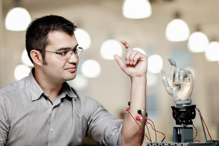Robotic limbs you control with your mind: http://t.co/FFfqIUWPWR http://t.co/nqy6Pqx1xH