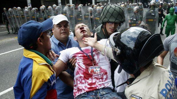 """""""@Yusnaby: No es Siria, es Venezuela HOY #12F http://t.co/fovrRDYiX0"""" la #Venezuela de Monedero y Pablo Iglesias #ImputadosPodemos"""