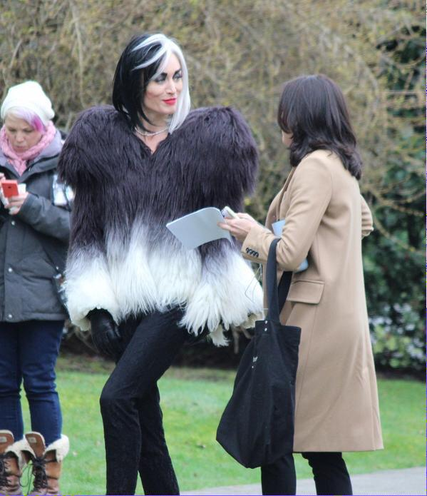 Once upon a time... The Evil Queen & Cruella together!!